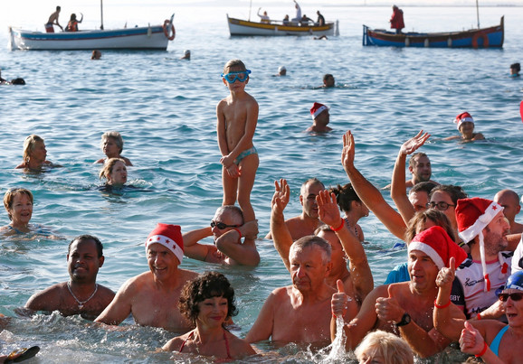 Francuski je prelep i šesti po veličini populacije koja ga koristi: Nova godina u Nici