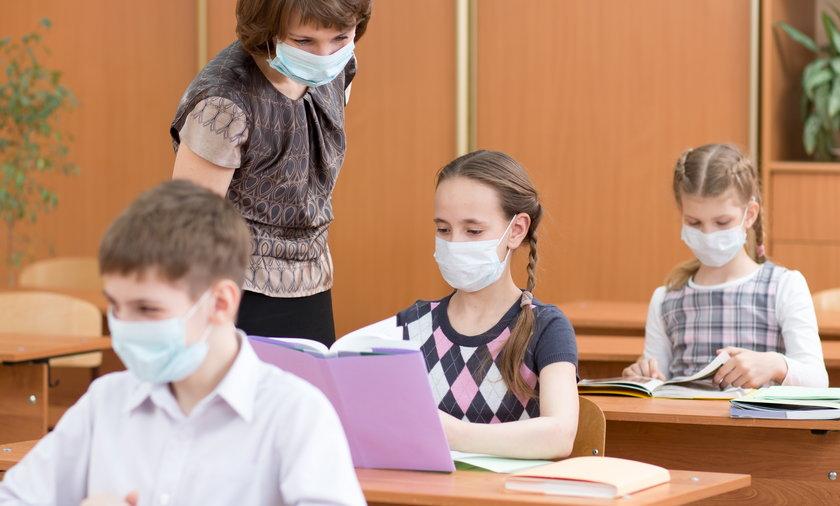 Nowe wytyczne sanitarne dla szkół w związku z pandemią.