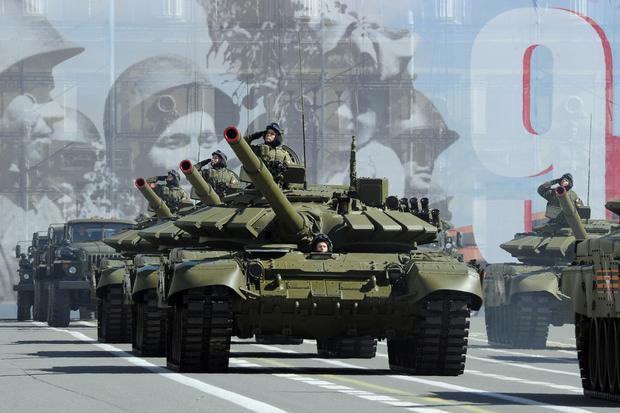 Rosyjskie czołgi T-72B3, parada wojskowa 9 maja 2015 roku