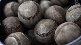 Fanka baseballu oddała beznadziejny rzut