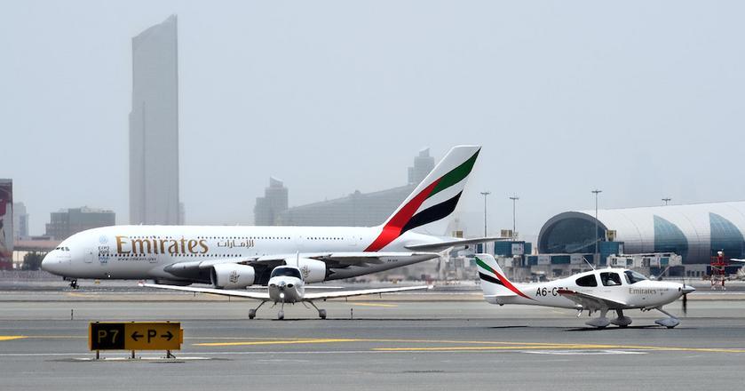 Cirrus SR22 G6 to samolot, na którym będą się szkolić kursanci Emirates Flight Training Academy