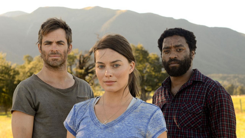 Chris Pines, Chinwetel Ejiofor and Margot Robbie in movie