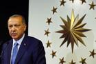 NOVI MANDAT Erdogan proglasio pobedu, opozicija priznala poraz