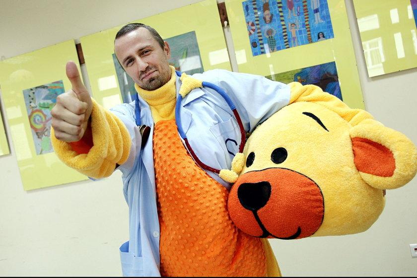 Miś zaczął pracę w szpitalu w Katowicach