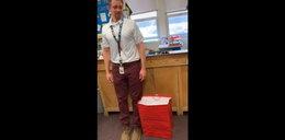 Ktoś ukradł buty nauczycielowi. Reakcja uczniów rozbraja
