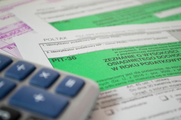 Przypomnijmy, że dopiero dwa tygodnie temu, 12 marca br., Ministerstwo Finansów opublikowało aktualny wzór zeznania PIT-36