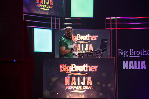 DJ Sose unarguably one of the dopest disc jockeys from this part of the world took the housemates to a whole new world of partying on Saturday night and everyone felt it [BHM]