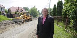 Czy się stoi, czy się leży. Tak się buduje w Polsce!