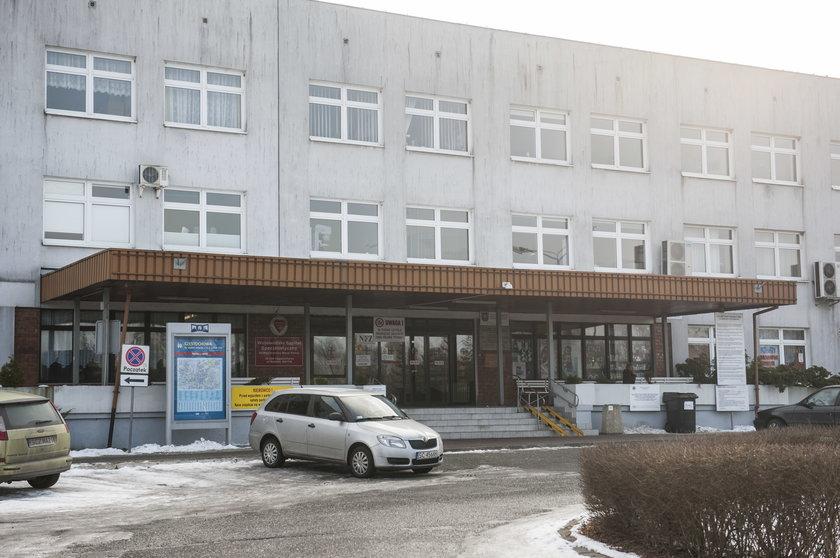 Pacjent oskarża lekarzy o stratę palca