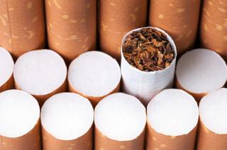 Śląskie: Celnicy przejęli milion sztuk nielegalnych papierosów
