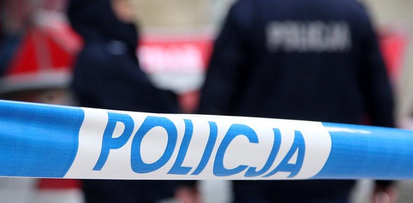 Tajemnicza śmierć matki i syna w Stalowej Woli. Ich ciała znaleziono w mieszkaniu