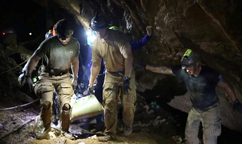 We wtorek akcja w tajlandzkiej jaskini w Tham Luang została zakończona sukcesem