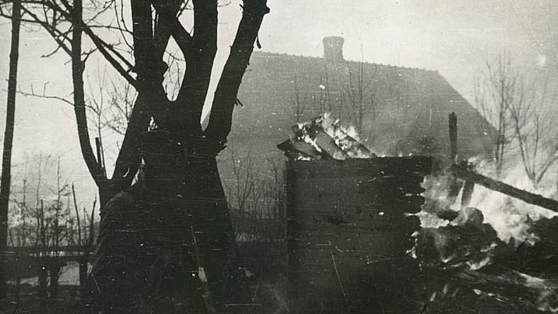 Sahryń, 10 marca 1944 r., akcja odwetowa oddz. Tomaszowskiego Obwodu AK wobec ukraińskich mieszkańców wsi. Muzeum Regionalne w Tomaszowie Lubelskim