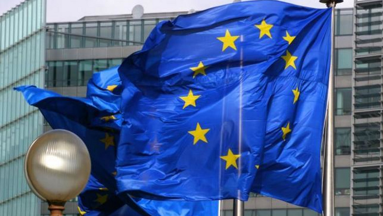 Pakt w Brukseli