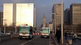 W Paryżu pojawiły się elektryczne minibusy bez kierowcy