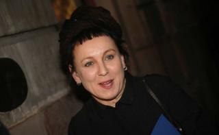 Olga Tokarczuk pozdrowiła wrocławian oglądających na rynku transmisję z ceremonii wręczenia Nagród Nobla