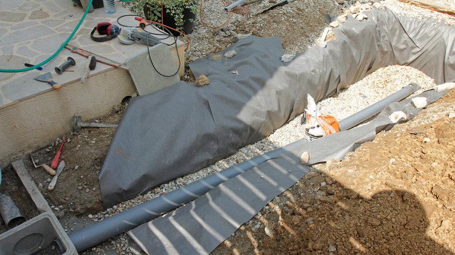 Odpowiednie przygotowanie drenażu jest niezwykle ważne - philippe Devanne/stock.adobe.com