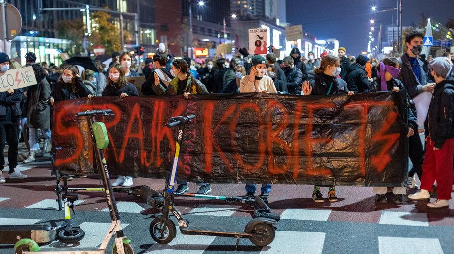 Oferują bezpłatny nocleg dla protestujących
