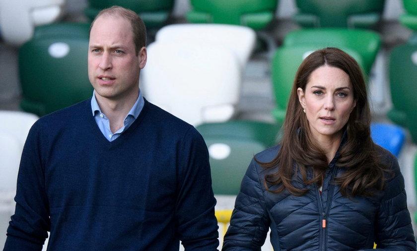 William i Kate z dziećmi lecieli tanimi liniami