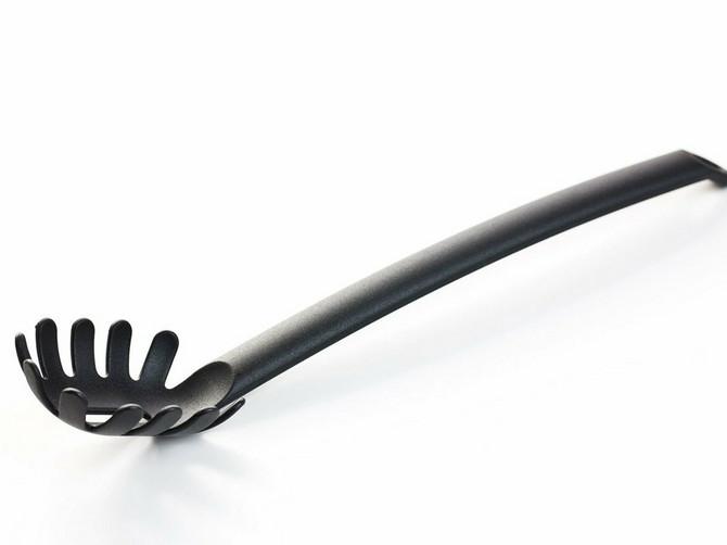 Ovu kašiku ćete naći u SVAKOJ KUHINJI, a niko je ne koristi na pravilan način: Evo čemu ZAISTA SLUŽI