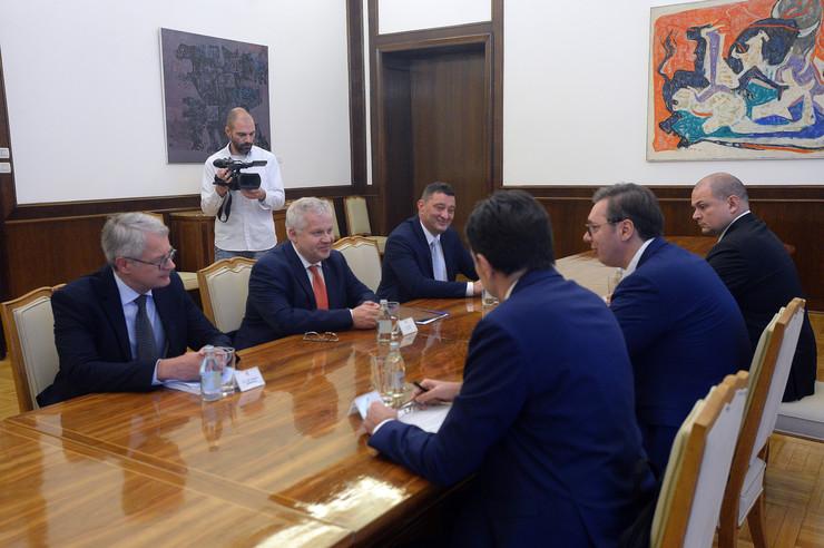 vucic nokia 01 foto Tanjug Predsednistvo Srbije