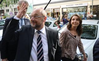 Niemcy: Schulz nie chce 2 proc. PKB na wojsko, zarzuca Merkel zbrojenia