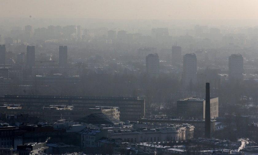 Trujące powietrze w Polsce! Lepiej nie wychodzić z domu