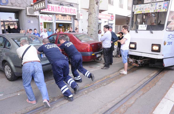 610047_parking-tramvaj080515ras-foto-aleksandar-dimitrijevic07