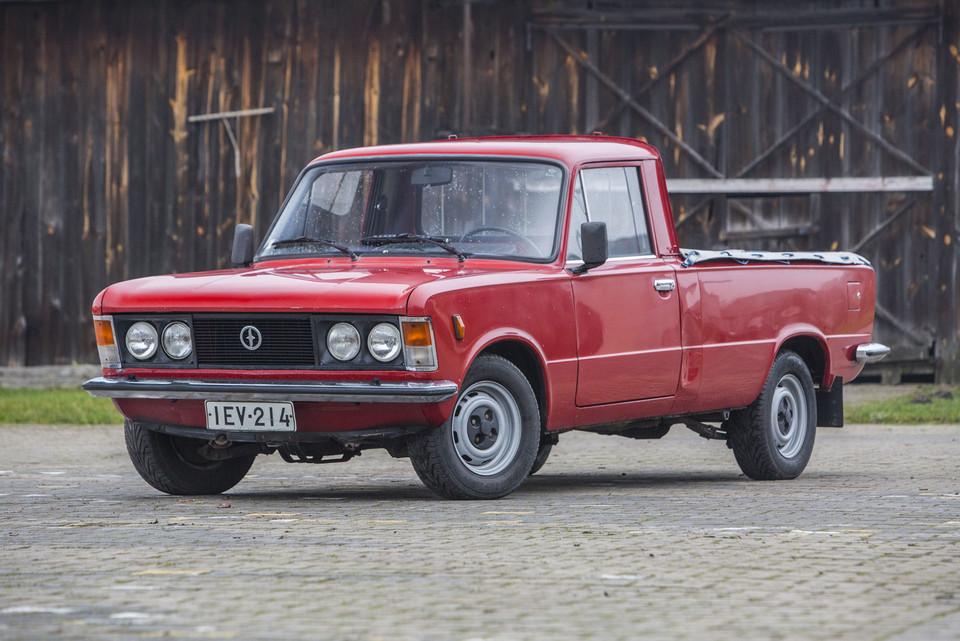 Chwalebne Polski Fiat 125p/FSO 1500 Pick Up - klasyk, który zmienił historię GI22