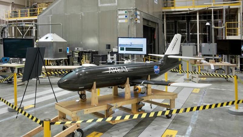 NASA projektuje samoloty ze składanymi skrzydłami