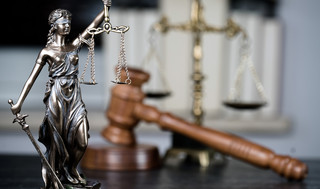 Odrzucenie spadku w imieniu dziecka tylko za zgodą sądu