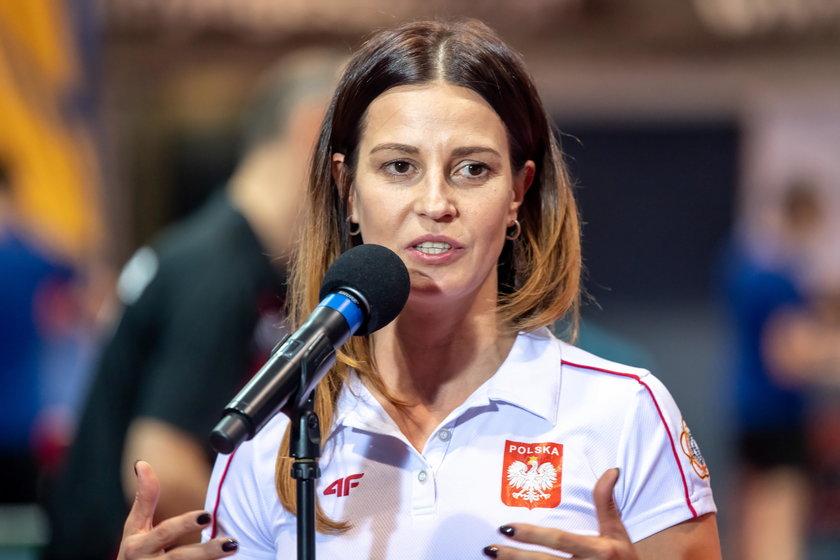 """Minister sportu opowiedziała w rozmowie z Faktem, co czeka polski sport po """"powrocie do normalności""""."""