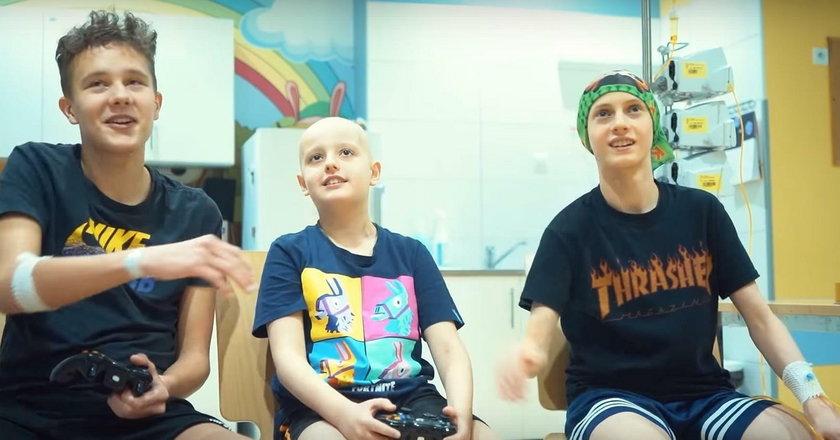 Pacjenci dziecięcej onkologii nagrali cover hitu