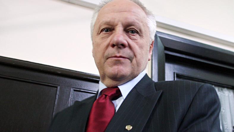 Tusk pogroził palcem Niesiołowskiemu