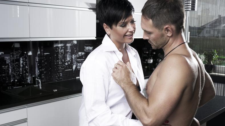 23-letnia kobieta umawiająca się z 38-letnim mężczyzną matchmaking mw2