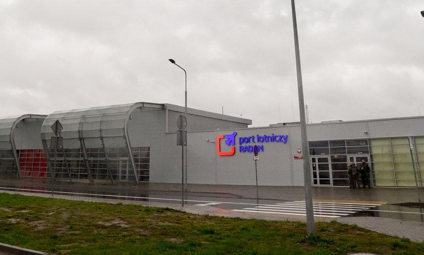 Przedstawiciele władz wierzą w przyszłość lotniska w Radomiu. Zupełnie innego zdanie jest szef jednego z największych przewoźników.