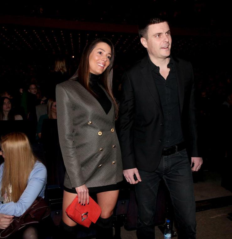 Vuk Kostić sa devojkom