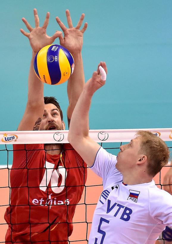Rus Sergej Grankin i Belgijanac Simon van de Vorde u duelu