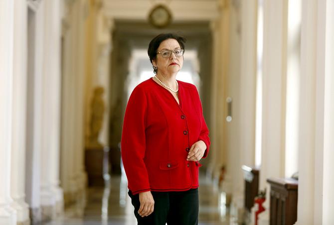 Gordana Čomić na čelu Ministarstva za ljudska i manjinska prava i društveni dijalog