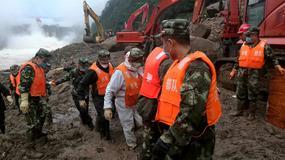 Chiny: 40 robotników pogrzebanych przez lawinę ziemną