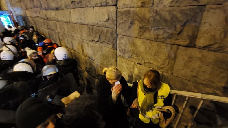 Strajk Kobiet w Warszawie 28 listopada 2020 r (87)