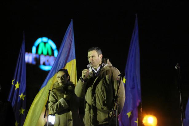 Wielka demonstracja w Kijowie. Do zgromadzonych na Majdanie wyszedł Witalij Kliczko.