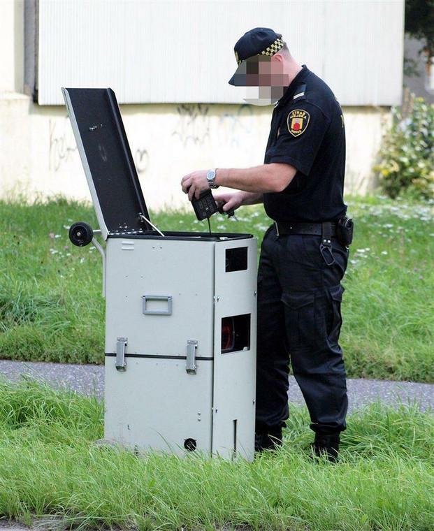 Straż Miejska coraz bardziej przypomina policję drogową