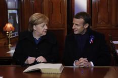 Angela Merkel Emanuel Makron EPA PHILIPPE WOJAZER - POOL