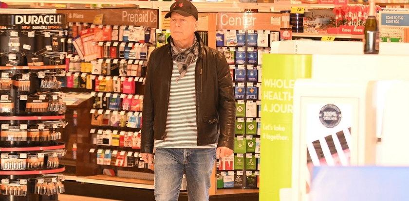 Bruce Willis jak Tomasz Karolak. Gwiazdor kina akcji wyproszony ze sklepu