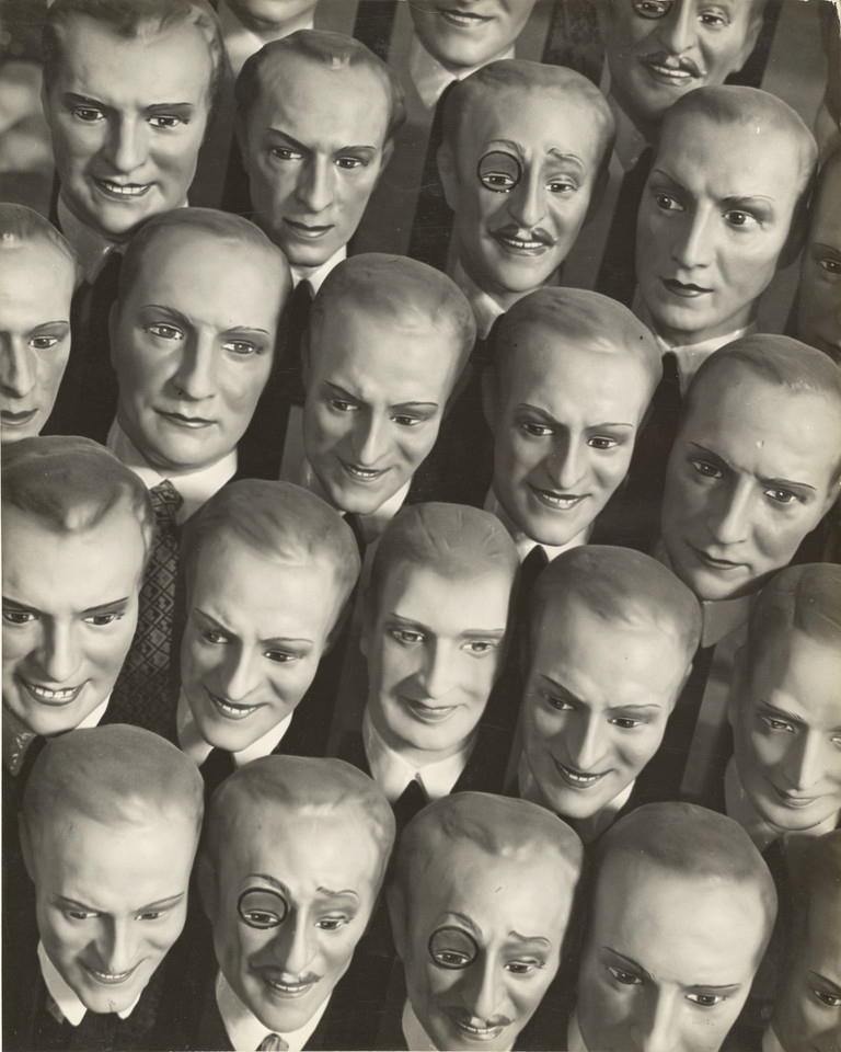 "Martin Munkácsi, ""Big Dummies"" (1927-33)"