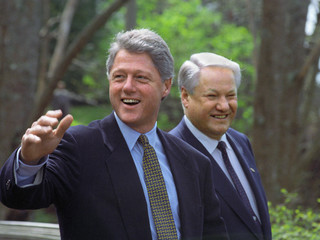 Vancouver, Canada. Russian President Boris Yeltsin (R) and U.S. President Bill Clinton on a walk in