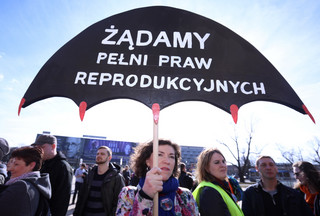 'Równości jak powietrza' - uczestnicy Manify przeszli ulicami Krakowa
