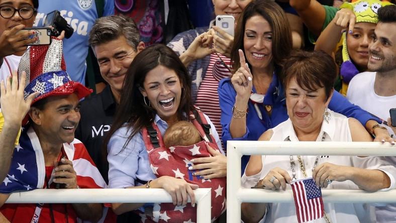 Michael Phelps jeszcze przed narodzinami synka zapowiadał, że zamierza zabrać jego i jego mamę na igrzyska do Rio...