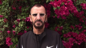"""Ringo Starr zapowiada """"Postcards from Paradise"""""""